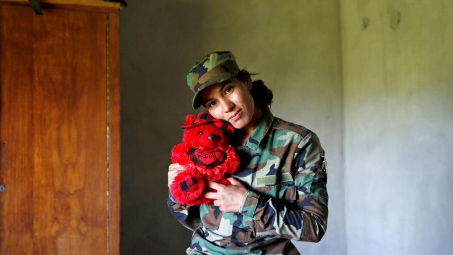 Mujeres Mujeres El ejército yazidí de mujeres se rebela contra el ISIS.