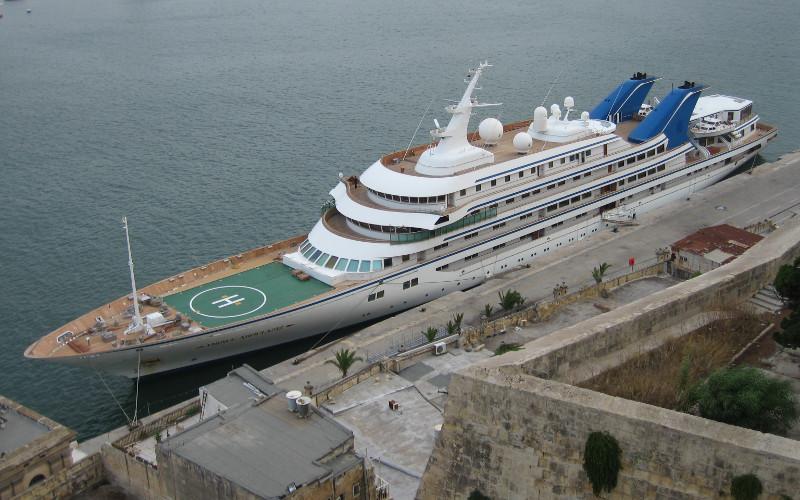 Portada  Le roi d'Arabie Saoudite délaisse Marbella pour Tanger