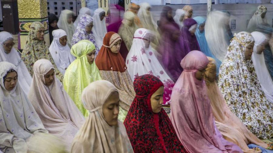 Portada  El Ramadán trastoca la vida de los 1.700 millones de musulmanes