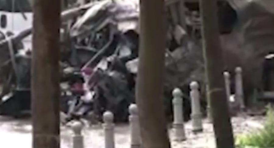 Internacional Internacional Al menos 11 muertos y 36 heridos al estallar un coche bomba en el centro de Estambul