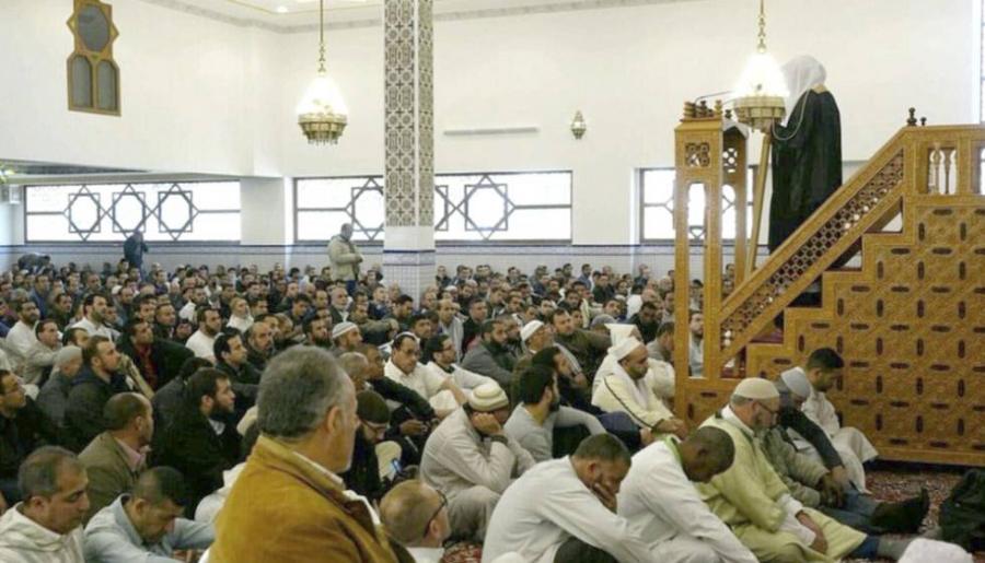 Portada  Los salafistas controlan una de cada tres mezquitas en Cataluña