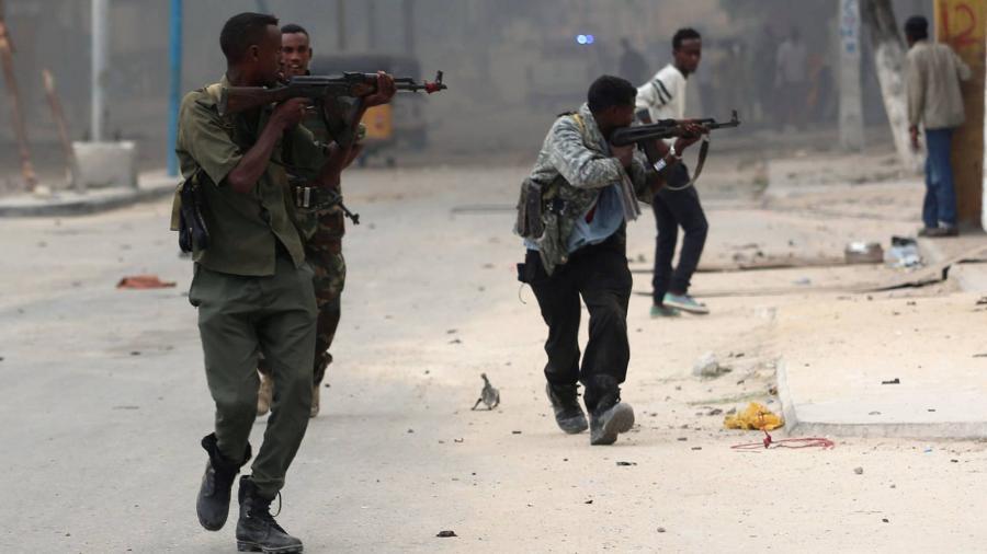 Internacional Internacional 35 muertos en un ataque yihadista contra un hotel en Somalia