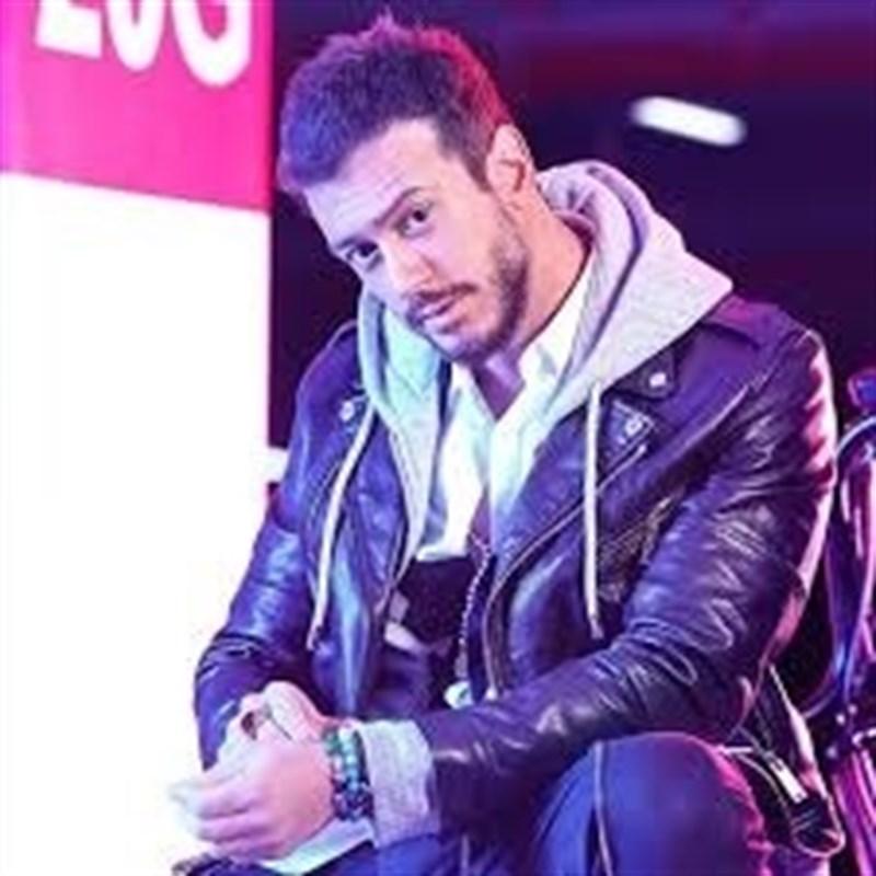 Portada  El rey de Marruecos pagará la defensa de un cantante acusado de agresión sexual en Francia