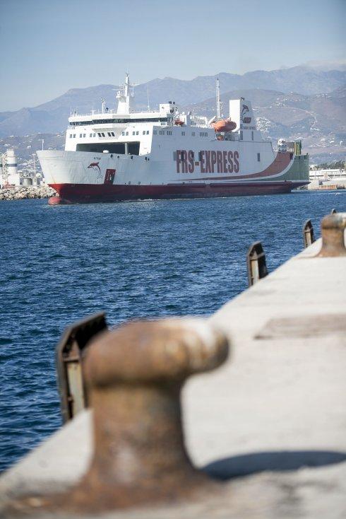 Portada  El funcionamiento de la conexión con Tánger atrae a una decena de empresas al puerto
