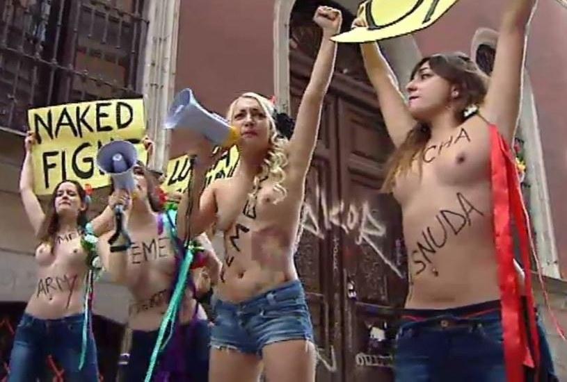Portada  Marruecos expulsará del país a dos activistas de Femen por protestar contra la homofobia
