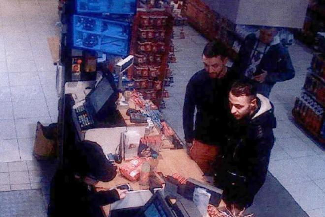 Portada  Salah Abdeslam, extraditado a Francia por su supuesta implicación en los atentados de París