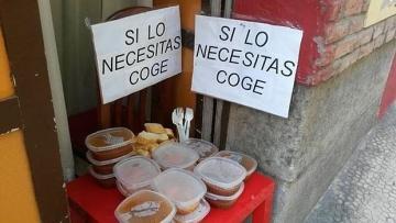 Restaurantes Restaurantes «Si lo necesitas, coge», así ofrece un restaurante «tuppers» con la comida que les sobra