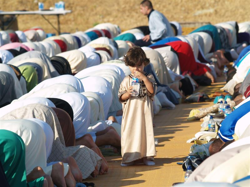 Portada  Musulmanes en España apuestan por adaptar el calendario de exámenes al Ramadán