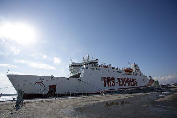 Portada  La nueva línea marítima de Tánger cancela escalas por la falta de inspectores en Motril